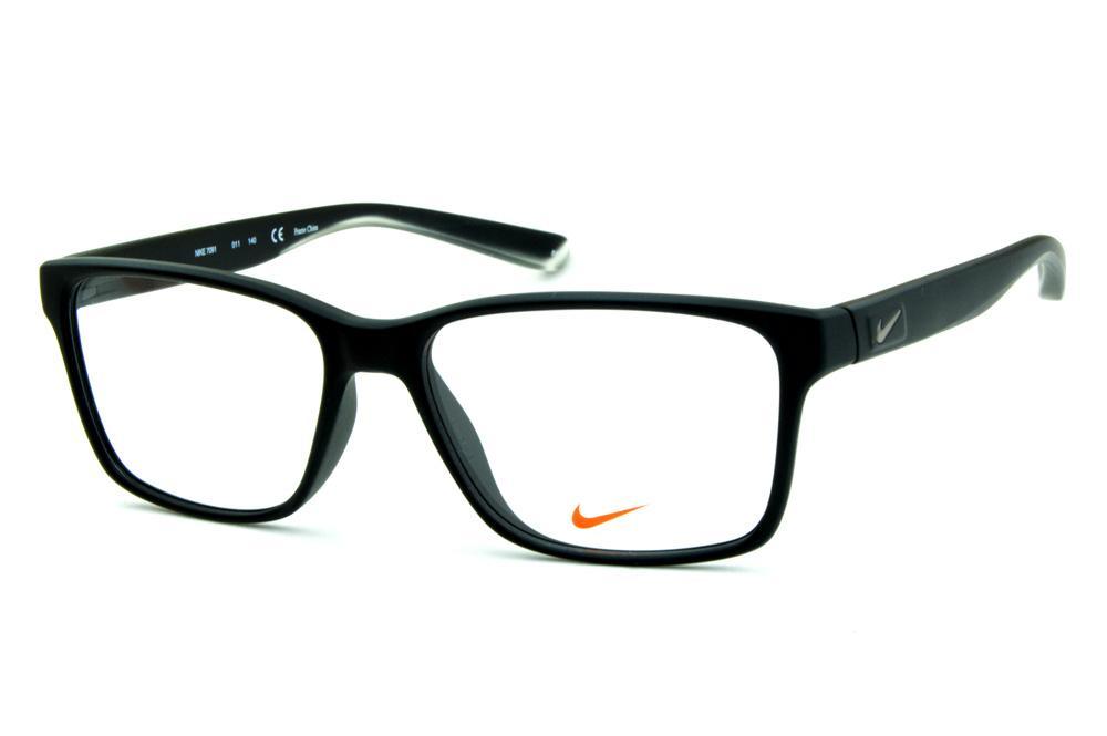 4035ce374 Óculos Nike 7091 Live Free Preto fosco com detalhe transparente nas hastes  e logo de metal