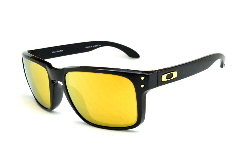 Óculos Oakley OO9102L Holbrook Shaun White preto e lente amarela 5c7a34d027